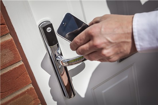 The Conexis is Yale's latest smart lock which allows you to control door lock with your phone, as well as key cards, key tags and phone tags.