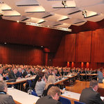 A view of the assembly with nearly 1,000 participants at the Rosenheim Window and Façade Conference 2016.